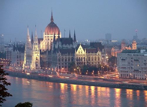 El-Parlamento-de-Budapest