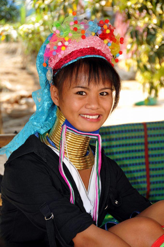Viajar gratis y visitar las tribus de Tailandia