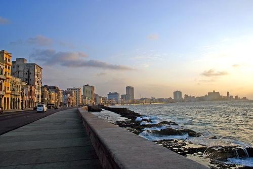 La-Habana-una-contradictoria-capital-antillana