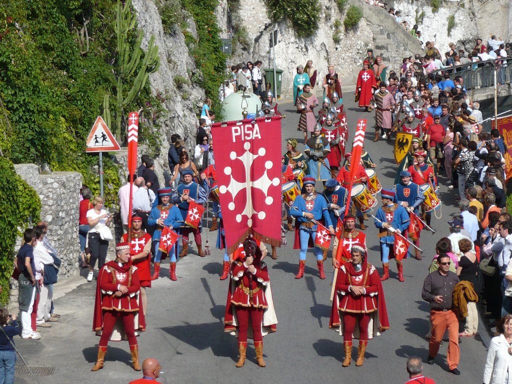 Representantes de Pisa en la Regata Histñorica