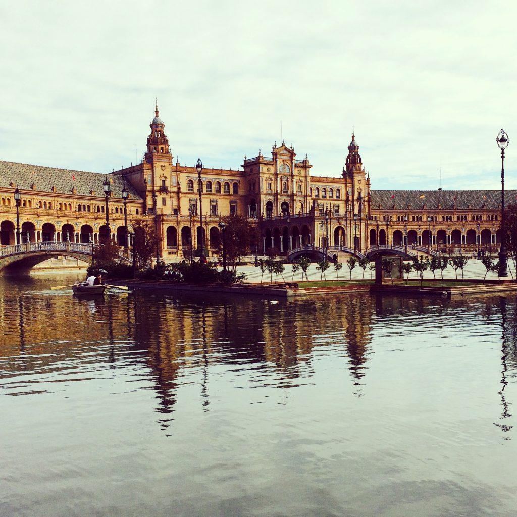 La arquitectura de Plaza España nos dejó con la boca abierta