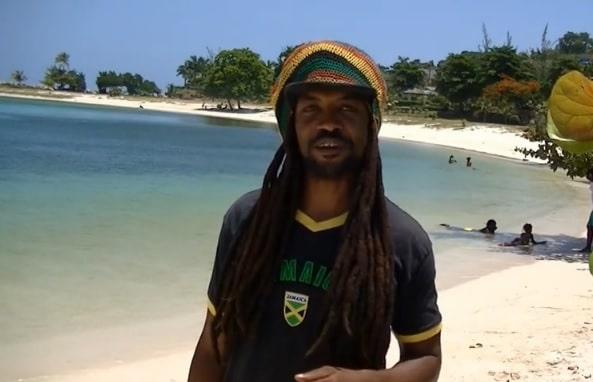 Este es mi amigo Michael, de Jamaica
