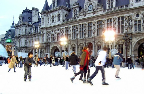 Patinoire-hôtel-de-ville-paris-jeu-de-paume