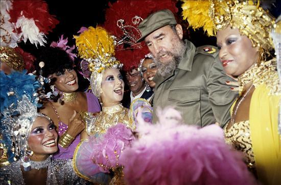 Fidel Castro en uno de los cabarés más populares del mundo, Tropicana