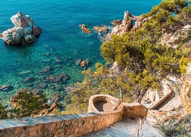 15 razones por las que deberías dejarlo todo y casarte con un catalán (1)