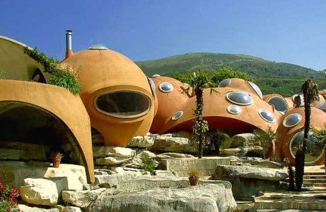 Casa rara - burbuja