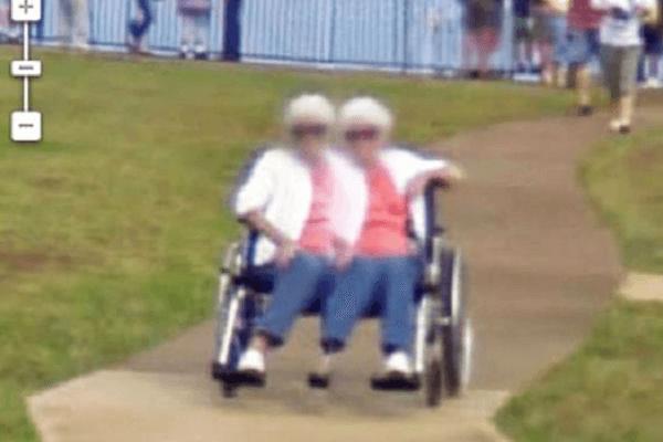 fotografía de anciana mutante captada por google maps
